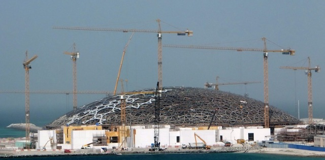 LOUVRE ABU DHABI: AN ARTIST'S DELIGHT, A WORKER'S NIGHTMARE