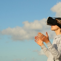 Is VR Right for Your Business During COVID-19?